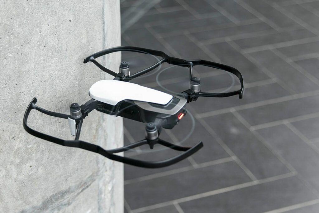 dron FPV Mavic Air con protectores