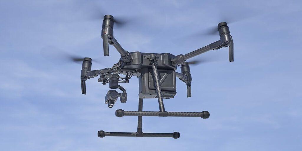 Drone DJI M200 con sensor agricola Sentera AGX710