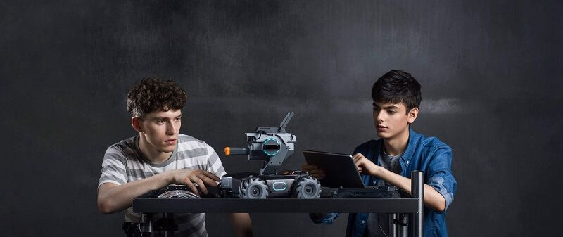 competicion robots DJI RoboMaster S1