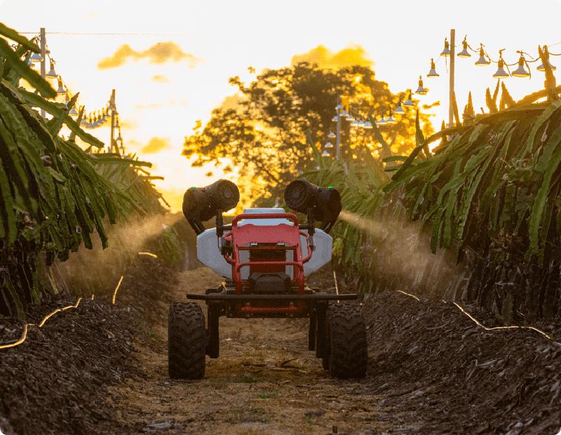 XAG R150 Vehículo autónomo no tripulado para trabajos agrícolas.