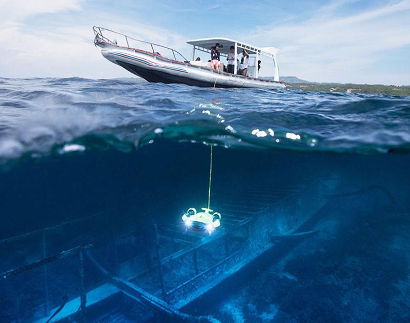 dron submarino QYSEA Fifish V6