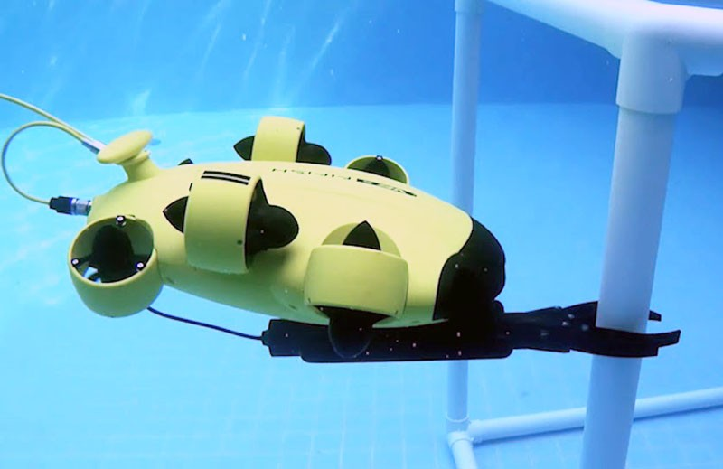 El brazo robotico del fifish V6 es preciso y estable