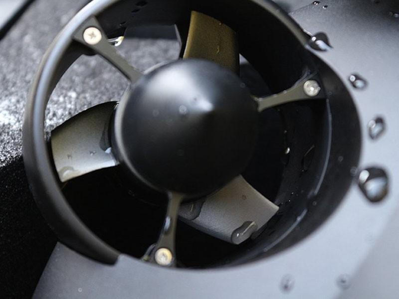 Las hélicesde los propulsores del Fifish PRO V6 son de una aleación metálica de gran resistencia.